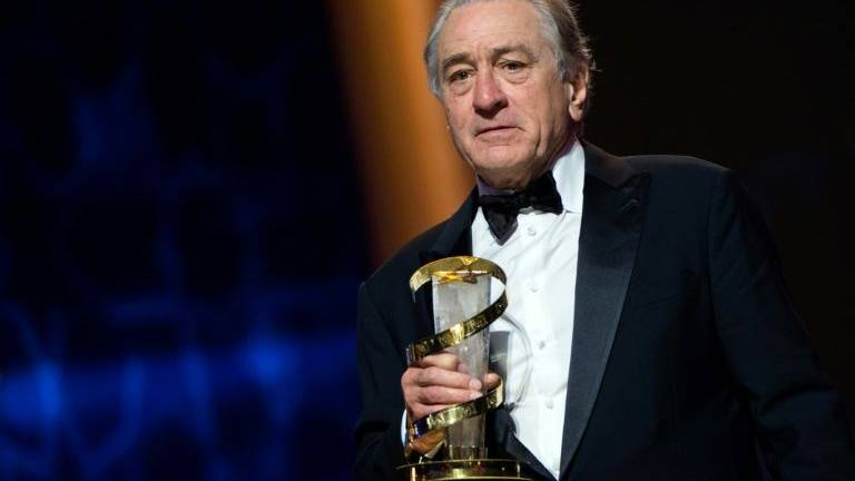 De Niro gets tribute award at Marrakech film festival