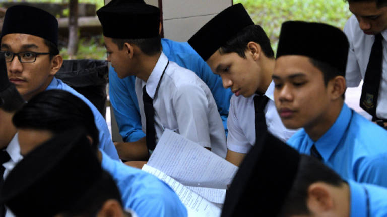 SPM examination begins for 443,883 candidates