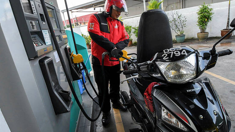 Petronas station in Sg Buloh closed due to short circuit
