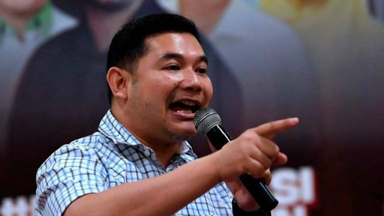Be credible opposition, don't play with racial sentiments: Rafizi