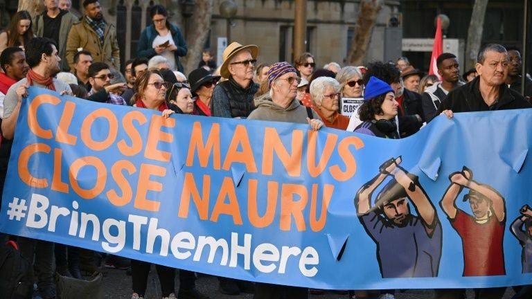 Talks under way to close Australia's Manus detention camp