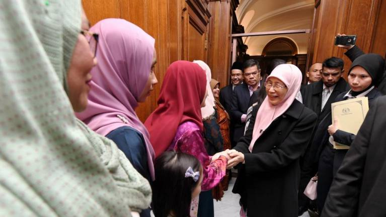 PH govt makes nation's recovery top priority: Dr Wan Azizah