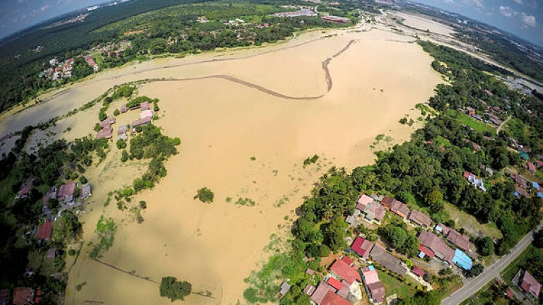 One flood evacuation centre still open in Malacca