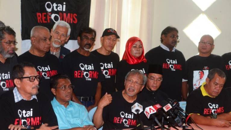 Otai Reformis asks PM for timeframe to hand over reins to Anwar