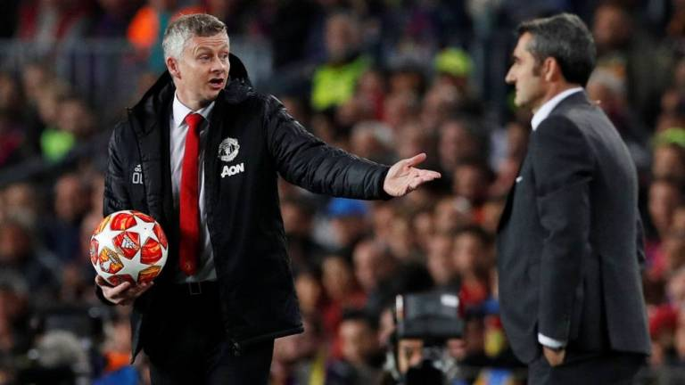Solskjaer calls for squad rebuild after United outclassed by Barca