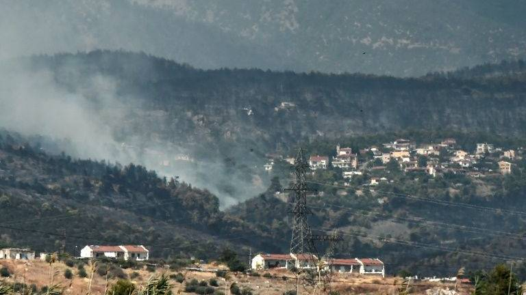 Greek fire crews make progress on island blaze