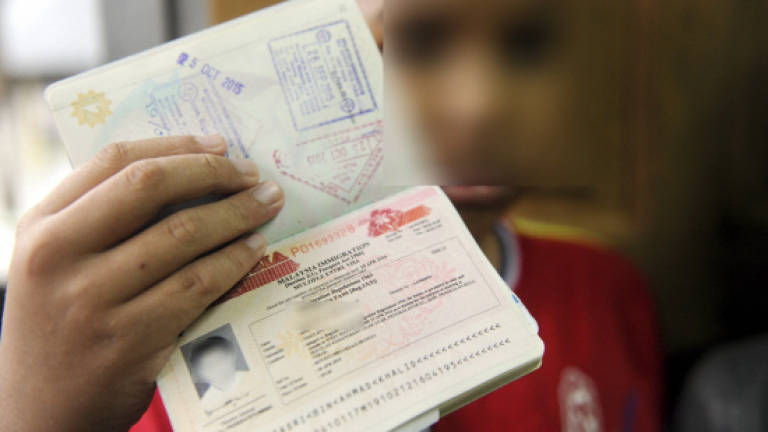 Many willing to give up dual citizenship status for Malaysian citizenship
