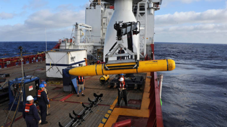 MH370: Mini-sub on second mission after first search aborted
