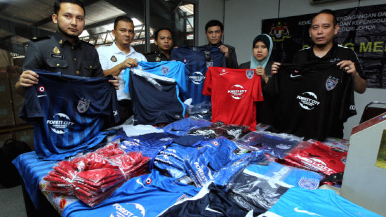Authorities seize fake JDT football kits worth RM30,000