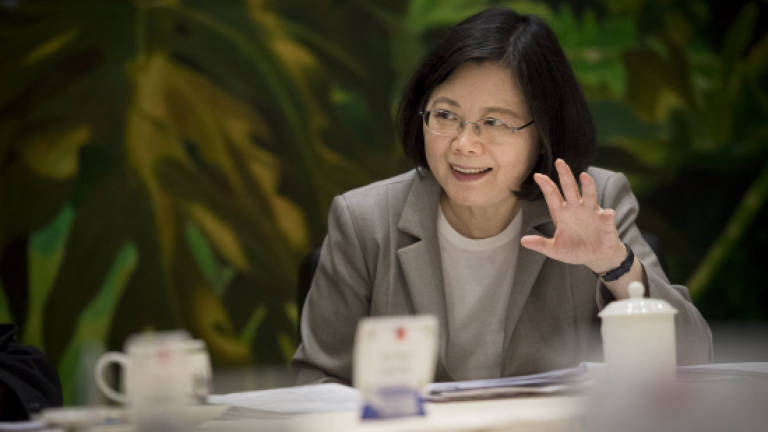 Taiwan not in contest with Beijing