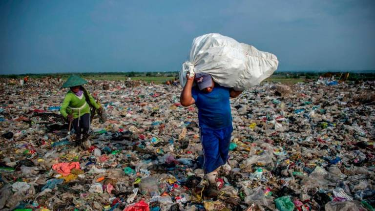 Locals claim illegal plastic recycling factories 'protected' by 'Datuk'