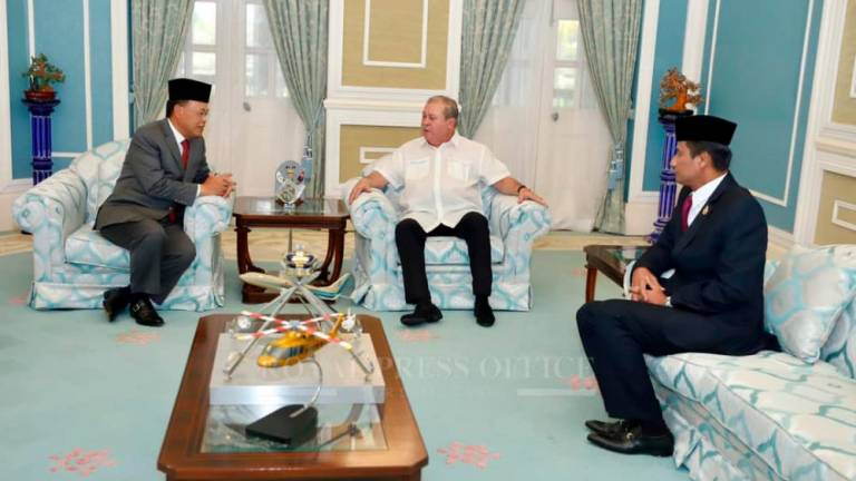 Osman Sapian asked to return to Johor palace this evening
