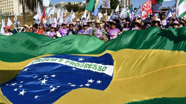 Tens of thousands of women march in Brazil against Bolsonaro