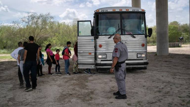 Mexico rejects new US asylum restrictions