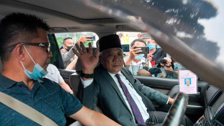 Sabah yang Dipertua Negeri asks for time to decide on CM's post - Bung Moktar