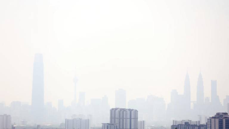 Unhealthy air quality in two areas of Selangor