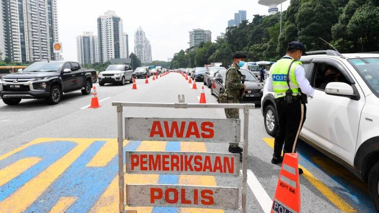 Roadblocks in operation on Aidilfitri: Bukit Aman