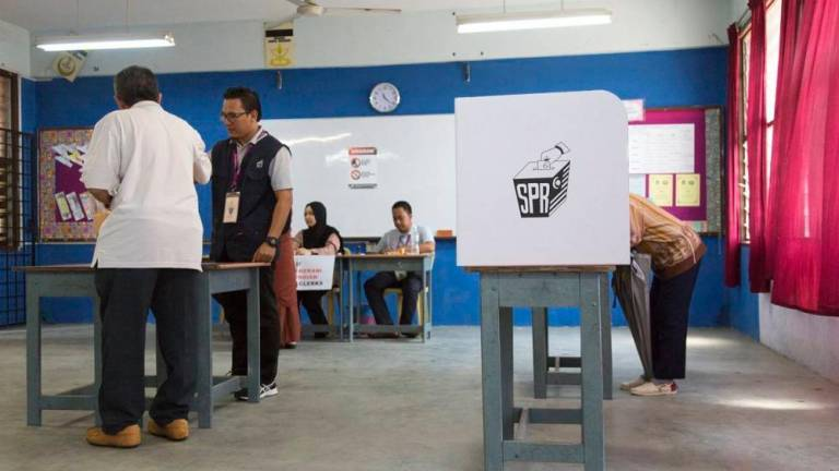 EC should give clear explanation on postponement of Undi 18 - Saifuddin