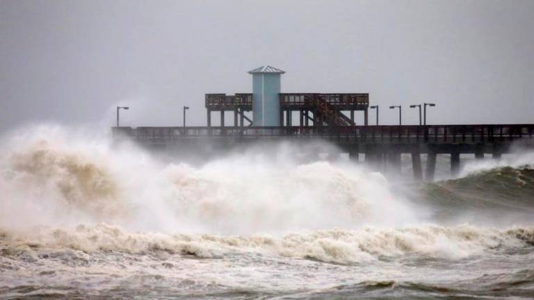 'Dangerous' Hurricane Sally to hit southern US