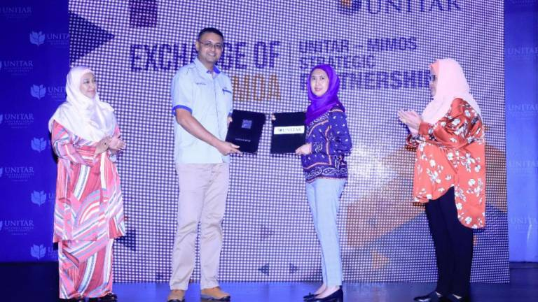 Mimos and Unitar to create fund for B40 students to pursue IT education