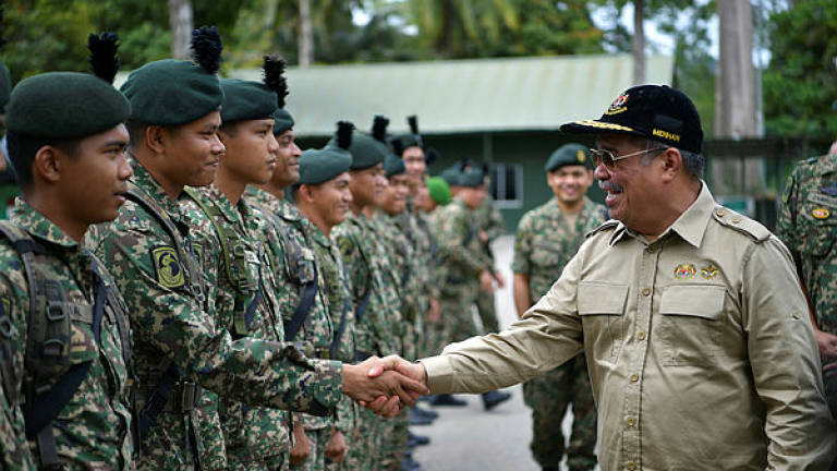 No more honorary military ranks for politicians, celebrities: Mohamad