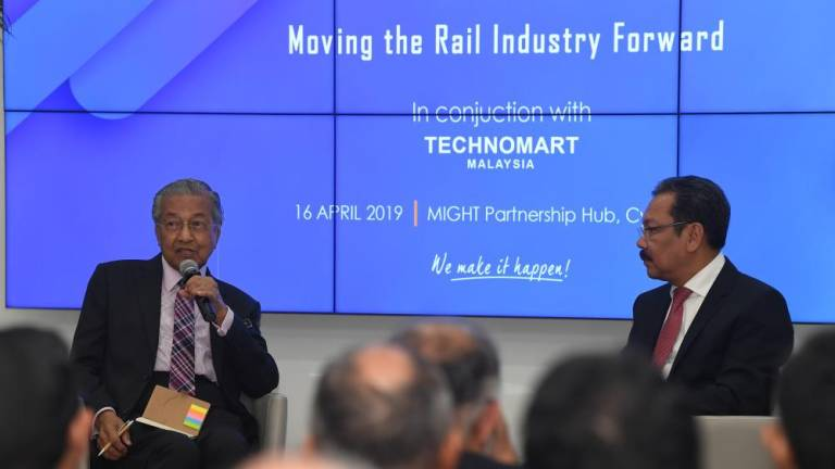 Focus on improving current rail services, high-speed train now 'not necessary' (Updated)