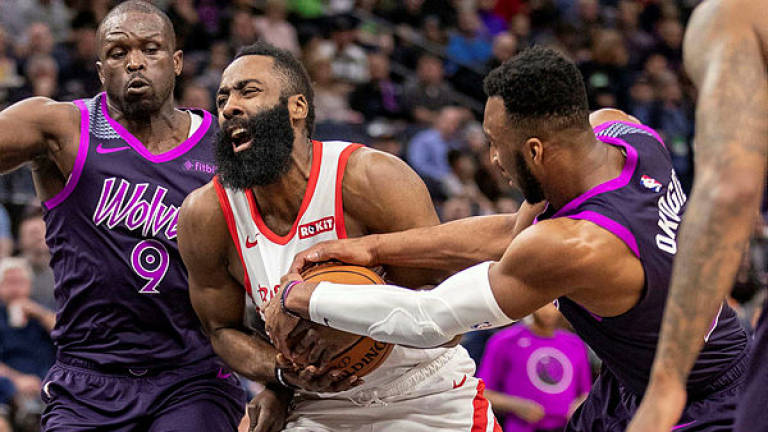 Harden's streak survives but T'Wolves ground Rockets