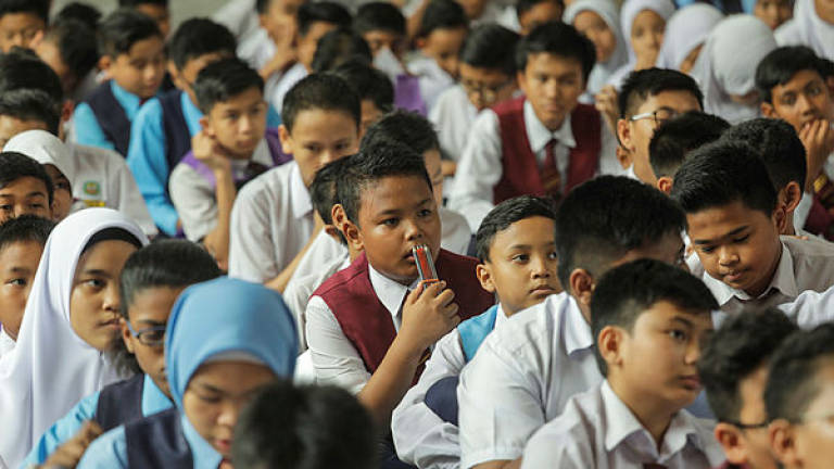 Sarawak set to implement teaching of science, maths in English: Manyin