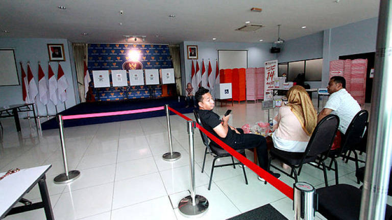 Preparations for Indonesian presidential election in Kuching run smoothly