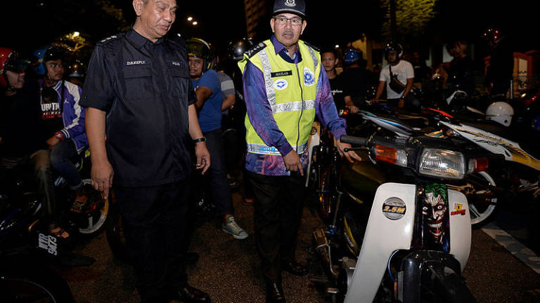 5 arrested, 633 summonses issued in joint op on errant road-users