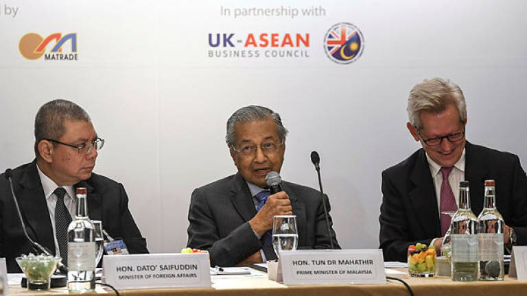 Malaysia can ask European countries to stop tarnishing palm oil: Dr Mahathir