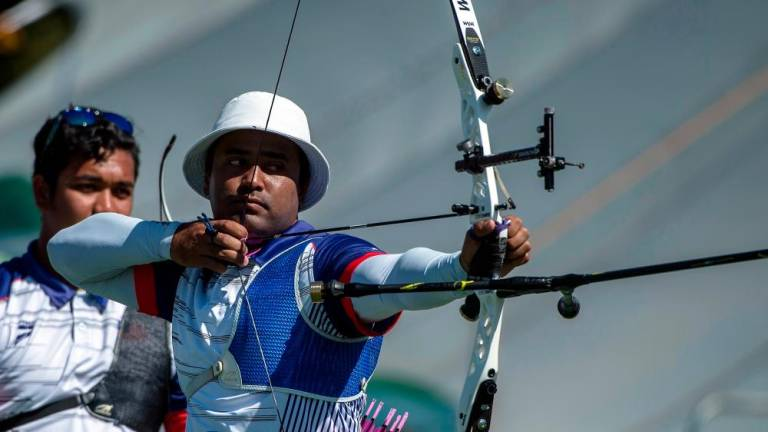 Malaysian archers fail to defend men's team recurve gold