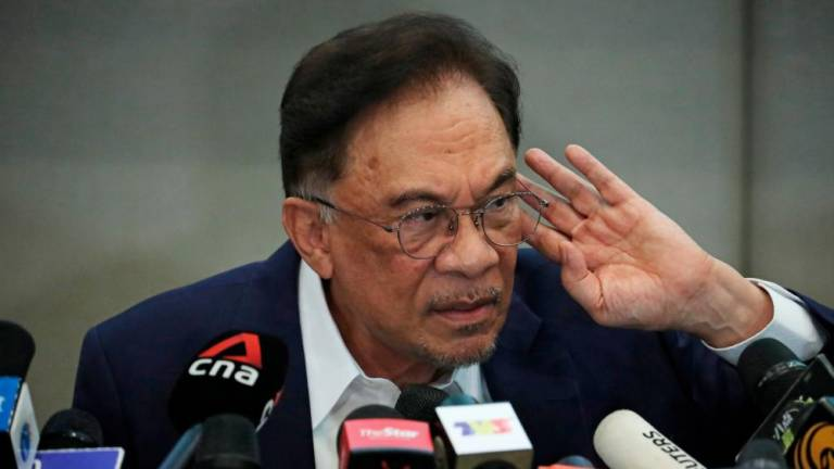 Anwar's claim of having majority to form govt raises questions