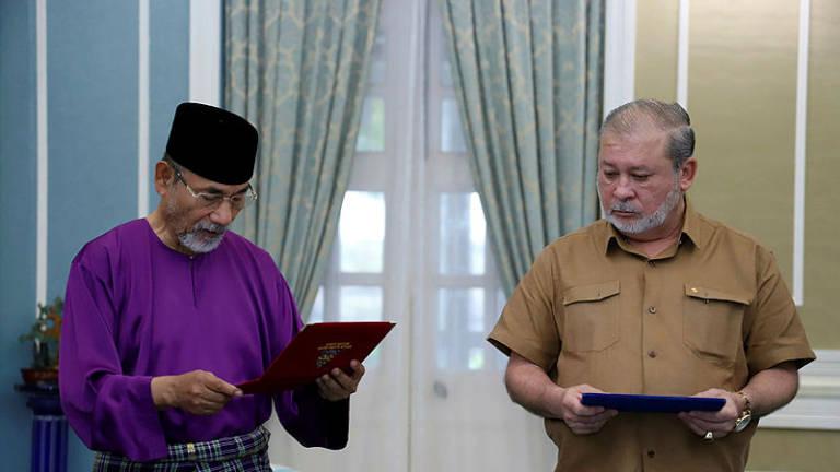 Johor Sultan pays RM5 million tithe, endows land in Mersing