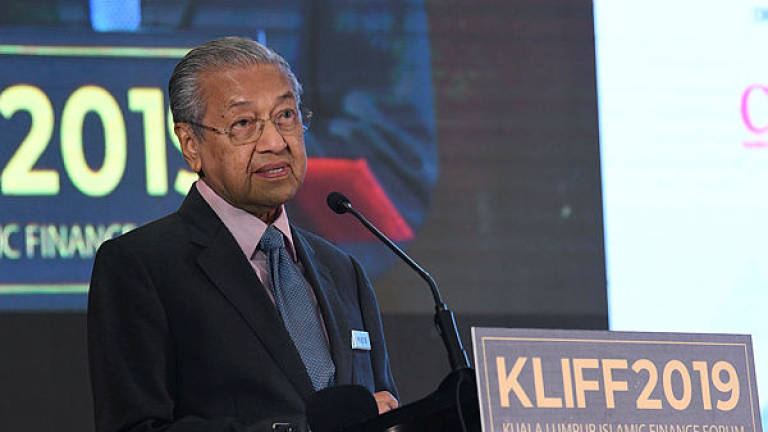 'Losers' can't decide who will be next Johor MB, says Mahathir