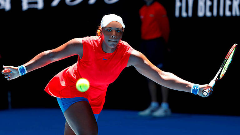 Stephens breaks Aussie Open jinx to advance