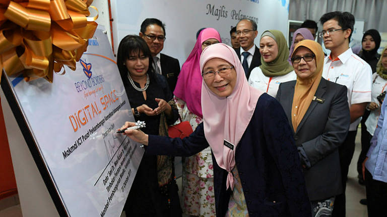 Govt evaluating need to amend law on suicide attempt: Wan Azizah