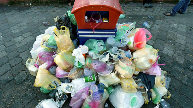 Stricter checks at ports for plastic waste