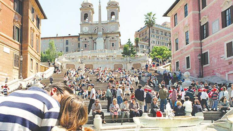 No sitting on Spanish Steps