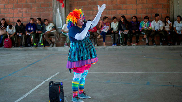 Circus turns to children to help find Mexico's missing