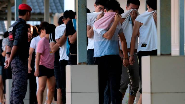 373 Chinese nationals charged for not possessing valid immigration passes