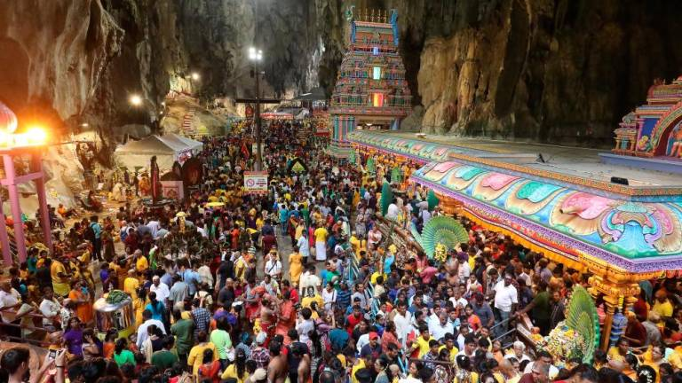 The Thaipusam atmosphere in Sri Subramaniar temple in Batu Caves . Thousands of devotees from local and abroad came and pray at Lord Muruga. Sunpix by MASRY CHE ANI