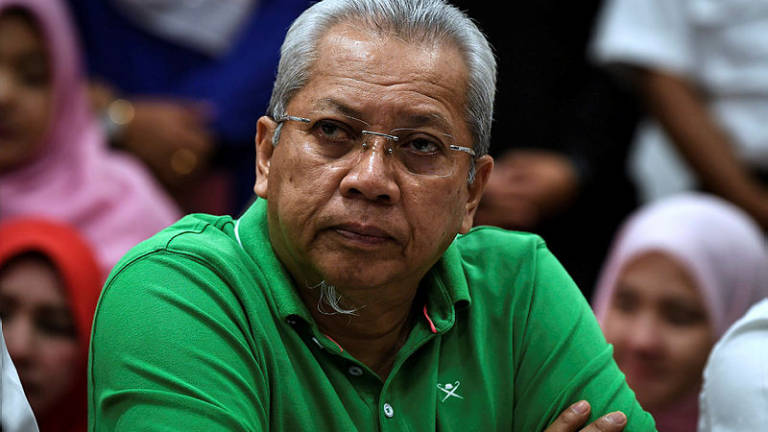 Umno will not 'marry' PAS: Annuar