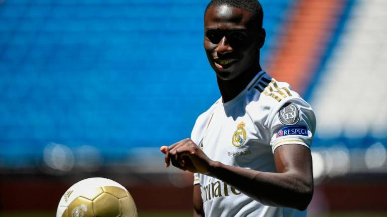 Mendy honoured to join Zidane's Real Madrid