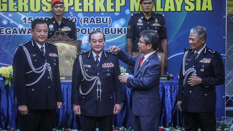 Avoid making provocative statements, stop fighting over petty issues: IGP