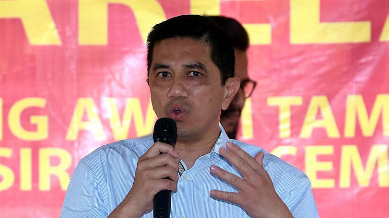 Takiyuddin's statement on Anwar is irresponsible, unfair: Azmin