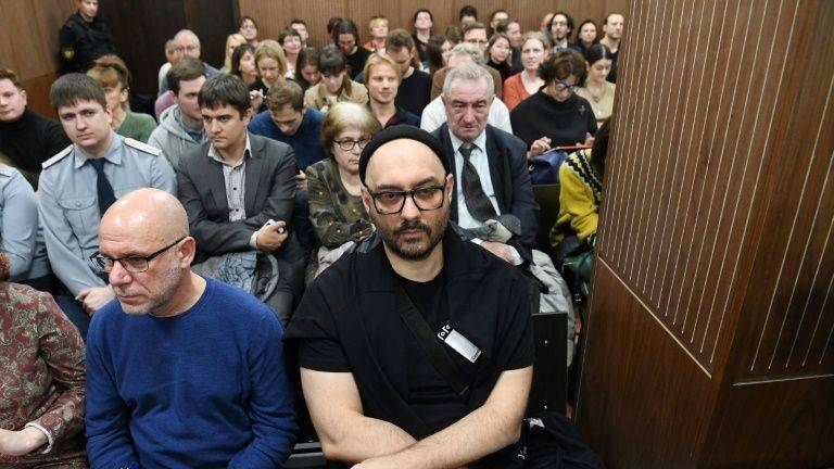 Russian judge halts detained theatre director's fraud trial