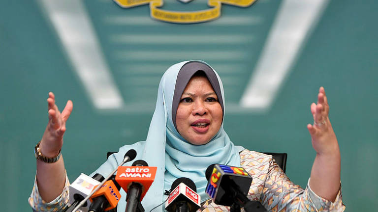 Buy Malaysian products should be given priority: Rina