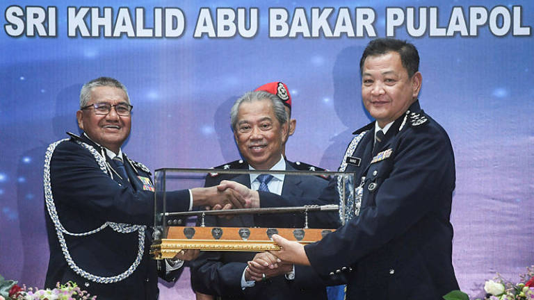Fuzi hands over IGP reigns to Hamid