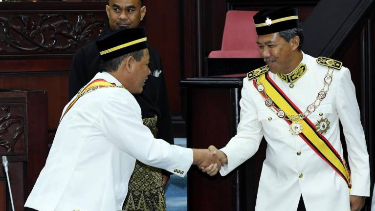 Mohamad Hasan sworn in as Rantau state assemblyman